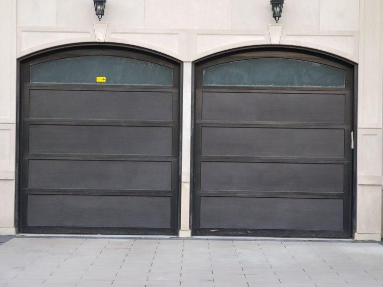 garage door installation contractors