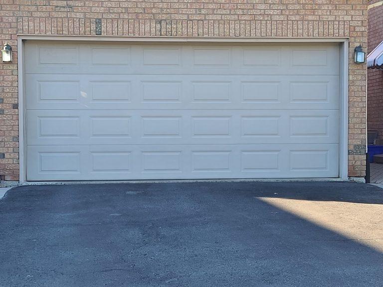garage door repair contractors